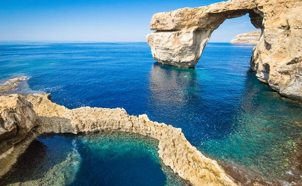 Piscina natural na ilha de Gozo, em Malta