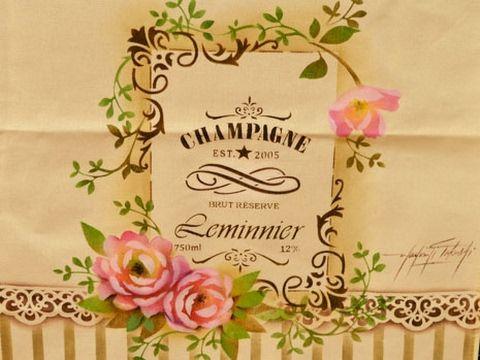 Stencil OPA - 16/01/17 - Mayumi Takushi - Pano de copa Champagne