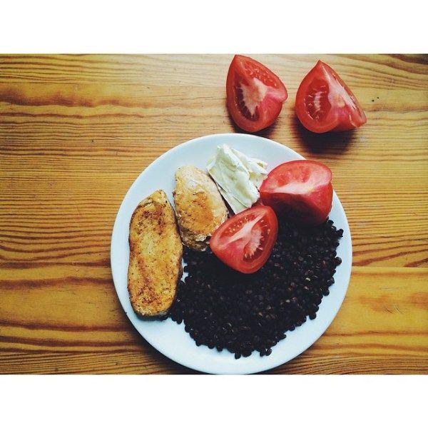 Я изучила разные источники, и собрала для вас самые действенные советы по питанию и меню для холодного времени года, которые помогут не только похудеть или удержать вес, но согреться и получить нужные витамины.