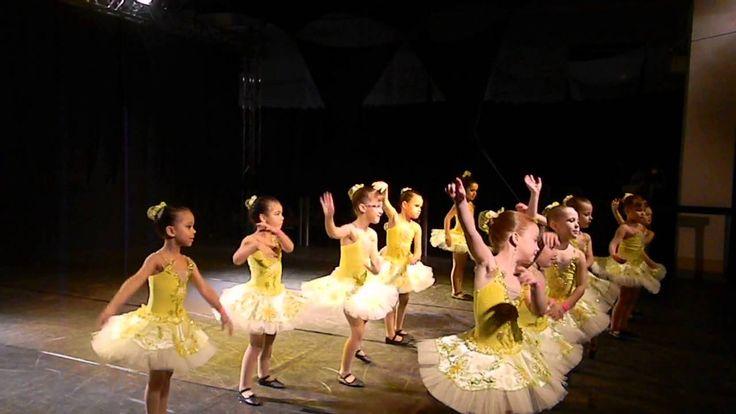 Colégio Super Incentivo Júnior - Apresentação Ballet Girassol - Festival...