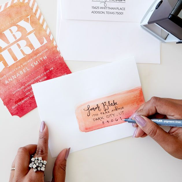 DIY: Hand-Lettered Ombre Watercolor Envelopes | Tiny Prints Blog