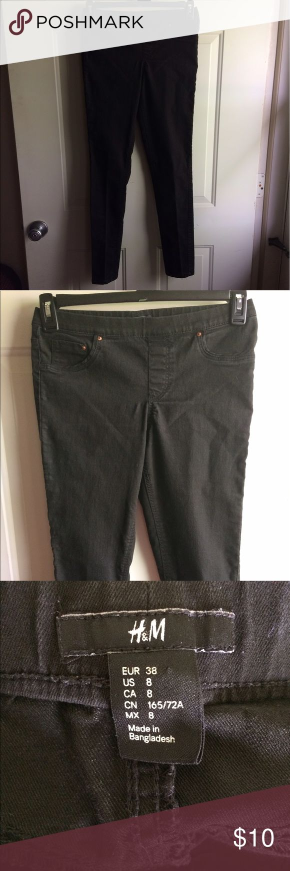 Size 8 H&M Jeans Size 8 H&M jeans. Have no zipper or button. They are stretchy. Smoke free home H&M Jeans Skinny