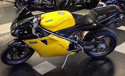 #ducati 2001 Ducati Superbike 2001 Ducati 996 Monoposto please retweet