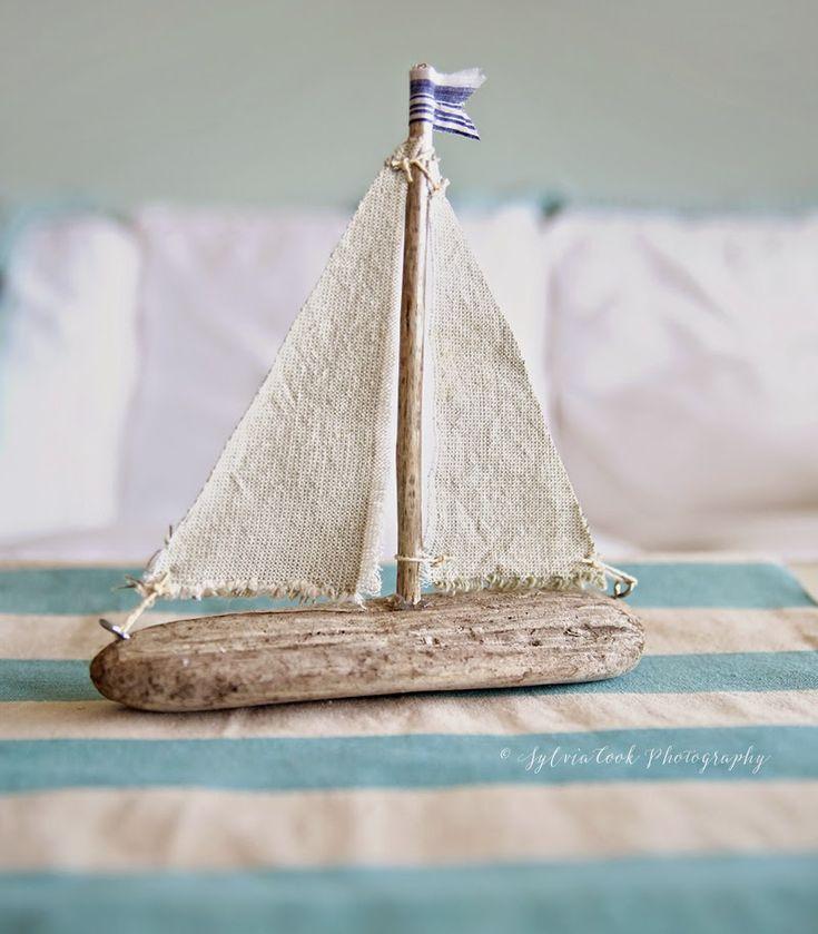 Inspirations: DIY driftwood sailboat