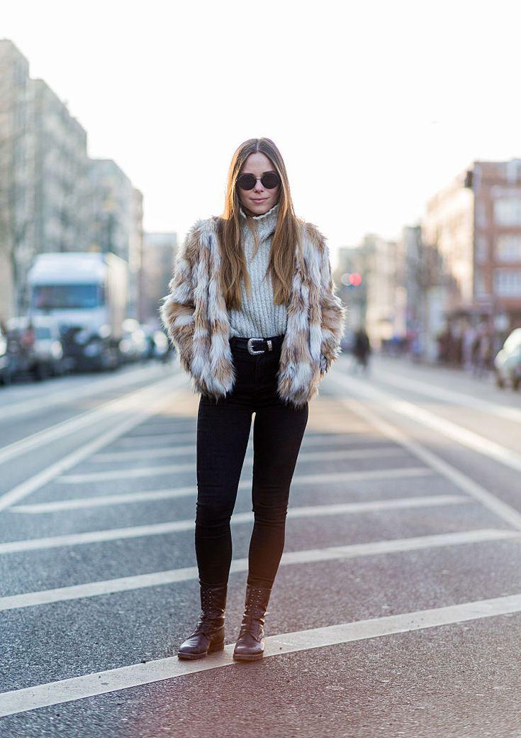 b33f1832515 12 Chic Ways to Rock Black Skinny Jeans