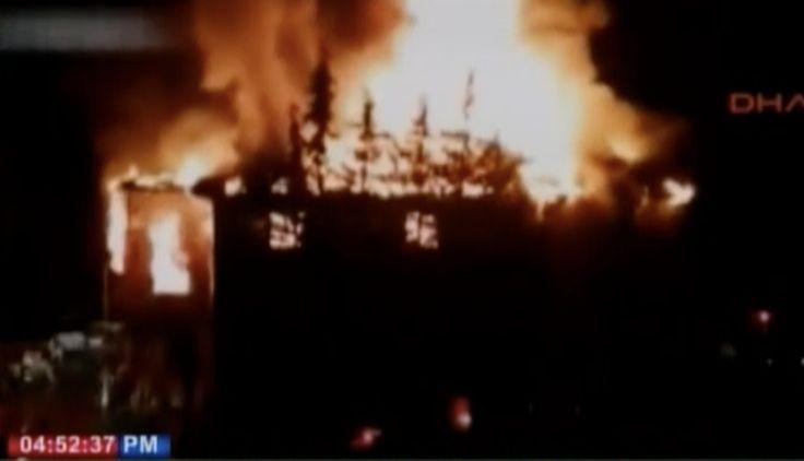 Doce Personas Muertas Por Incendio En Dormitorio De Chichas Al Sur De Turquía