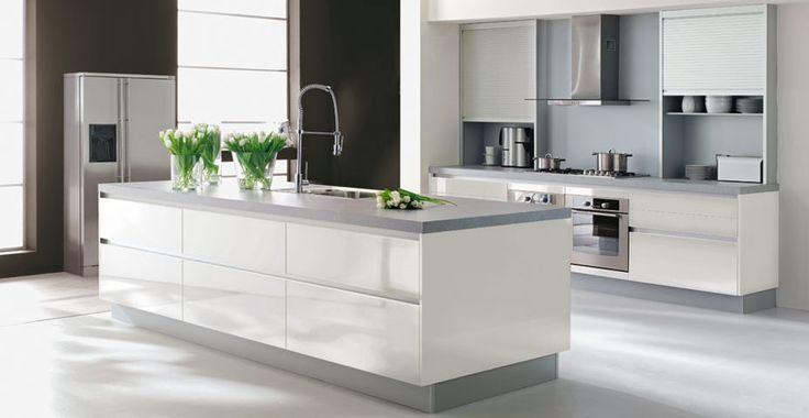 Mooie Witte Moderne Design Keuken Met Keukeneiland : Contemporary ...