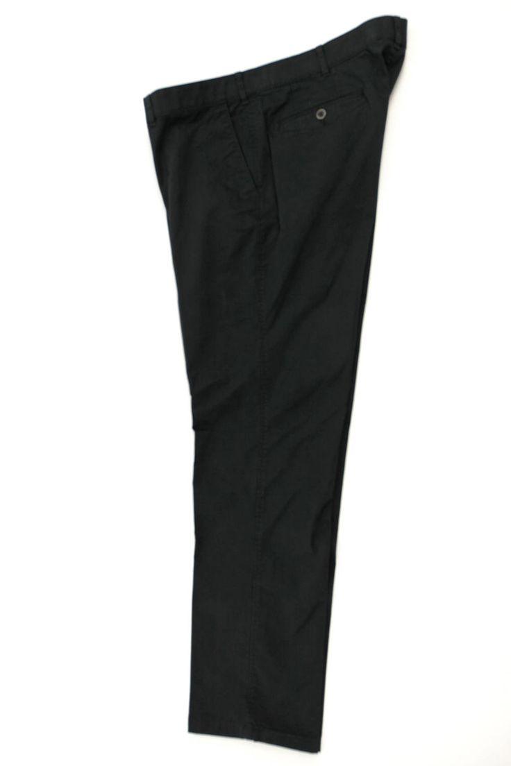 Wizytowe spodnie Hattric w kolorze czarnym. Dla Panów o dużych rozmiarach.Dostępna rozmiarówka: 3XL, 4XL, 5XL, 6XL, 7XL, 8XL. Skład: 98% bawełna 2% elastan.