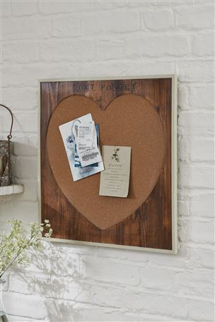 Love Collection Heart Pin Board