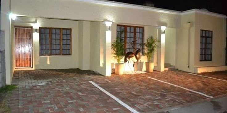Faith Hope and Love  - Faith Hope and Love is located in a suburb named Forest Hill in Port Elizabeth. This guest house has five modern-styled rooms, each room is equipped with a TV, a fully equipped kitchen, a desk, bathrobes, ... #weekendgetaways #portelizabeth #sunshinecoast #southafrica