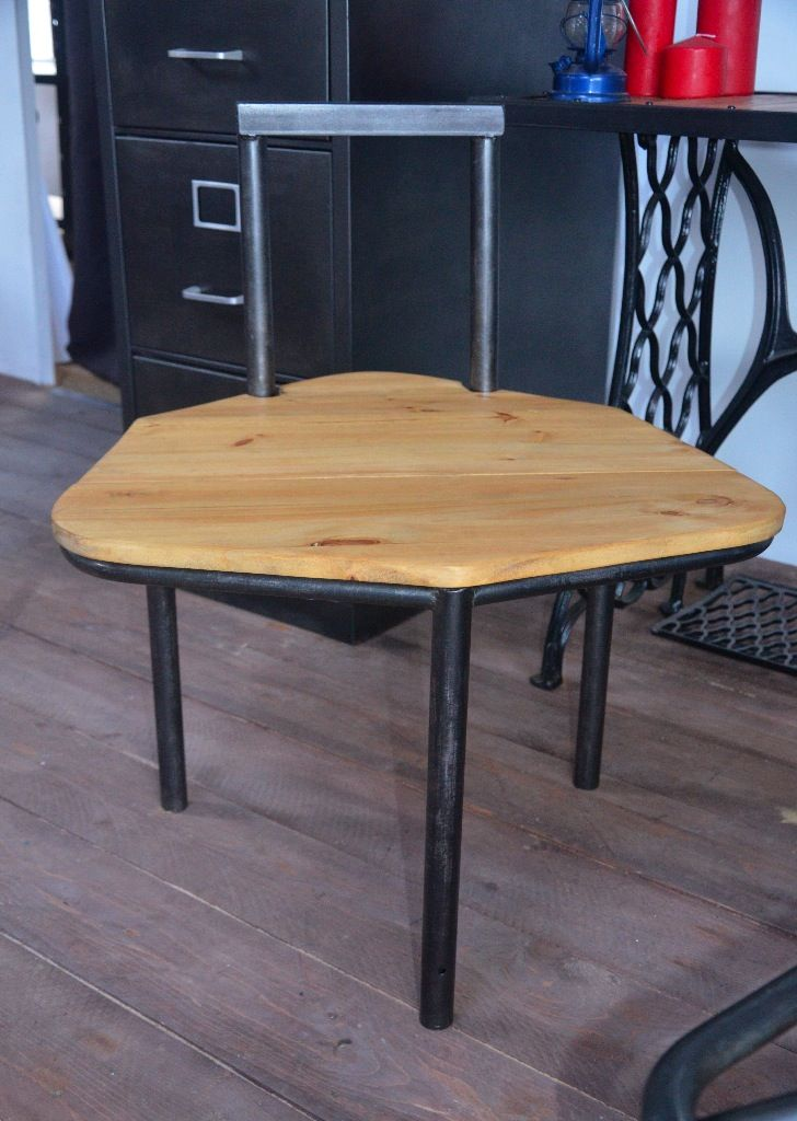 tabouret bois m tal tabouret industriel chaise atelier tabouret vintage chaise usine. Black Bedroom Furniture Sets. Home Design Ideas