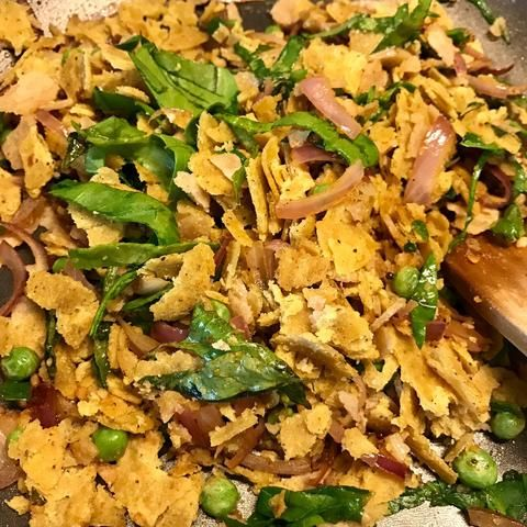 We are thrilled to bring you our first ever GET FIT Roti customer-submitted recipe - Kothu Parotta from Shailly Gupta in San Jose!   This irresistible street food, believed to have originated in Sri Lanka is a mish mash of chopped roti, spices and optionally, scrambled eggs, mixed vegetables or even chopped chicken. Enjoy this quick dish as a guilt-free snack when made with low carb high anti-oxidant GET FIT Roti.