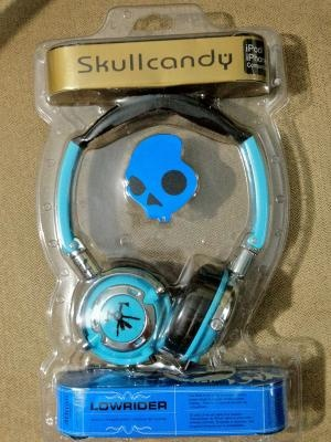 DJ Headphones Skullcandy Lowrider Light Blue USA and CANADA    http://yardsellr.com/for_sale#!/dj-headphones-skullcandy-lowrider-light-blue-usa-and-canada-3729702    $20.99