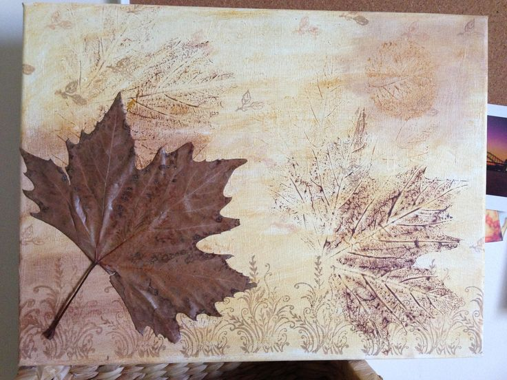 Art from paint and a leaf..