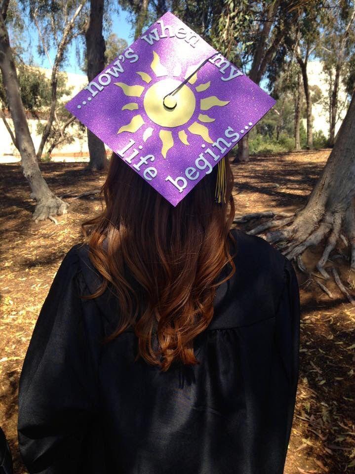 Puzzled themed college graduation cap