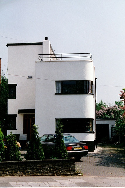 #Art Deco House Bexleyheath...GOD i want that one