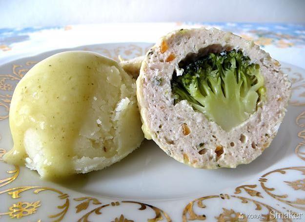 Pulpety z brokułem w sosie brokułowym