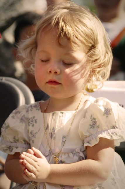 O let us teach our children to pray... - Cris Figueired♥