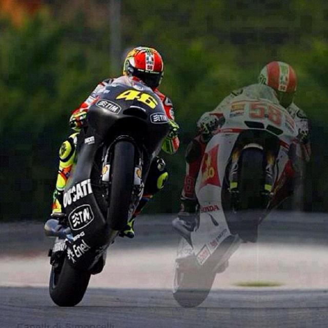 Valentino Rossi & Marco Simoncelli - Cuerpo & Alma  #Motor #Special_Life
