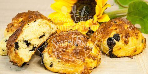 Vanillebrötchen mit Schokolade & das auch noch Low Carb. Diese leckeren Low Carb Brötchen mit Vanille & Schokolade sind einfach ein Genuss.