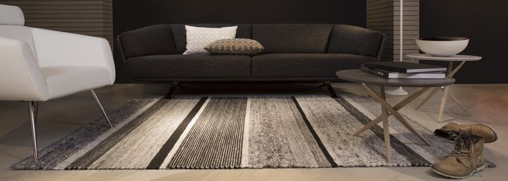 Lab Mix 201-1 #Poef #wol #wool #vloerkleed #carpet #rug#www.perlettacarpets.nl