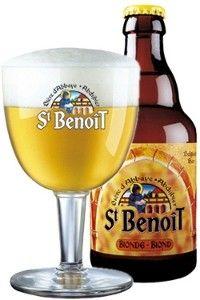Cerveja St. Benôit Blonde, estilo Belgian Blond Ale, produzida por Du Bocq, Bélgica. 6.3% ABV de álcool.