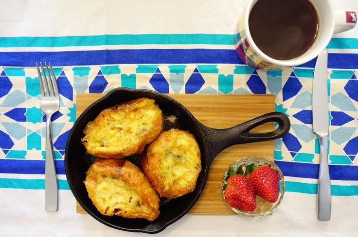 朝ごはんはアフタークリスマスディナーで残ったカチカチのバゲットを使ってフレンチトースト #meallog #food #foodporn #cooking #tw