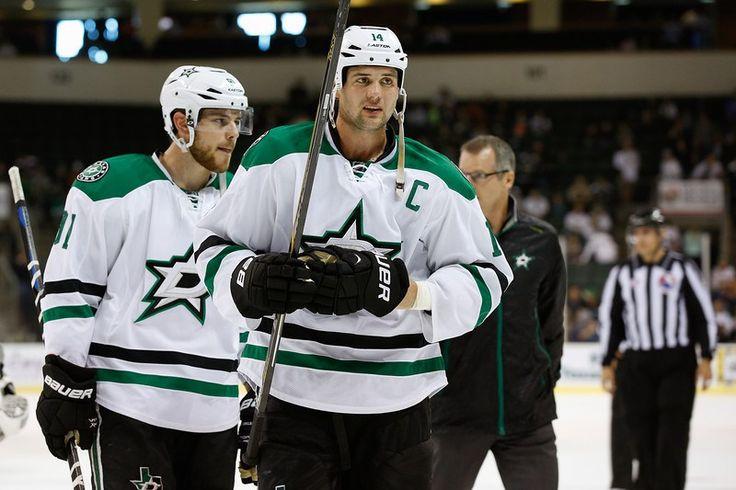 Jamie Benn's 2014-15 NHL Highlight Reel - http://thehockeywriters.com/jamie-benns-2014-15-nhl-highlight-reel/