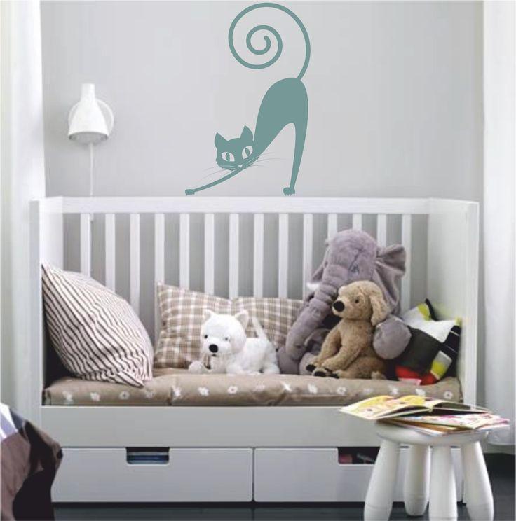 Vinilo decorativo de la silueta de un gato perezoso.