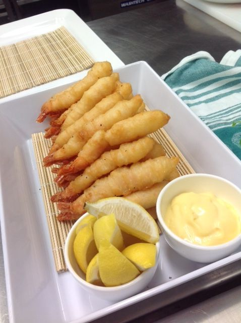 Crispy prawn tail with roasted garlic aioli