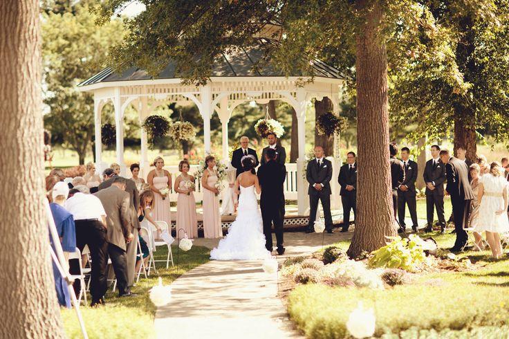 Elegant Purple Wedding At Black Swan Lake: 23 Best Brides & Grooms Images On Pinterest