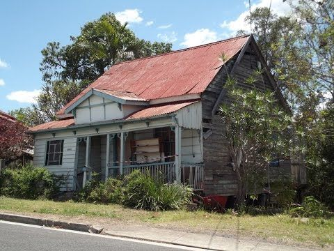 """Abandoned House # 21 """"on a lean"""". Ipswich, Queensland, Australia. Urbex - YouTube"""