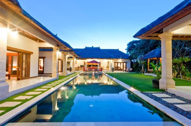 5 Bedroom Private pool villa in Seminyak