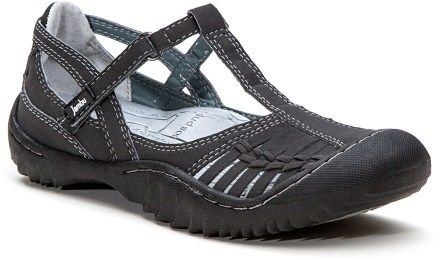 I need nice closed toe comfortable walking shoes for the city.  Ones I can wear with a skirt.