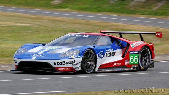 Суперкар Ford GT / Форд GT для Ле Ман – вид спереди сбоку