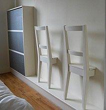 Ha... für die Klamotten im Schlafzimmer! Genial. Da können sich auch nicht mehr Berge von Wäsche stapeln ;-)!
