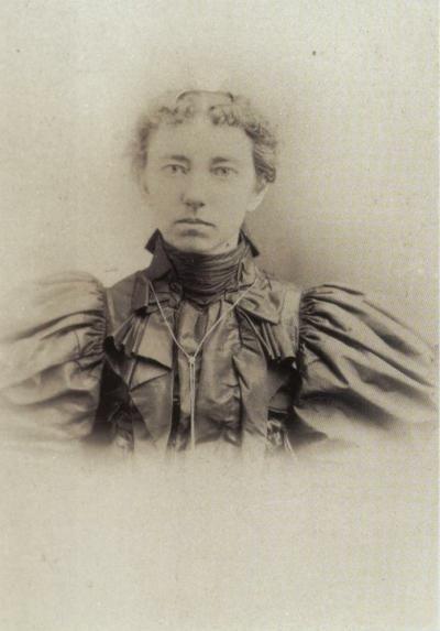 """swanzey girls About caroline """"carrie"""" ingalls swanzey august 1, 2015 by  its great reading about all you people and finding out lots more about the ingalls girls reply."""