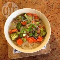 Pho de legumes (sopa vietnamita) @ allrecipes.com.br