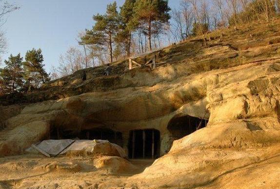 Fenomene inexplicabile! În România există un loc învăluit în mister, unde toate dorintele se implinesc