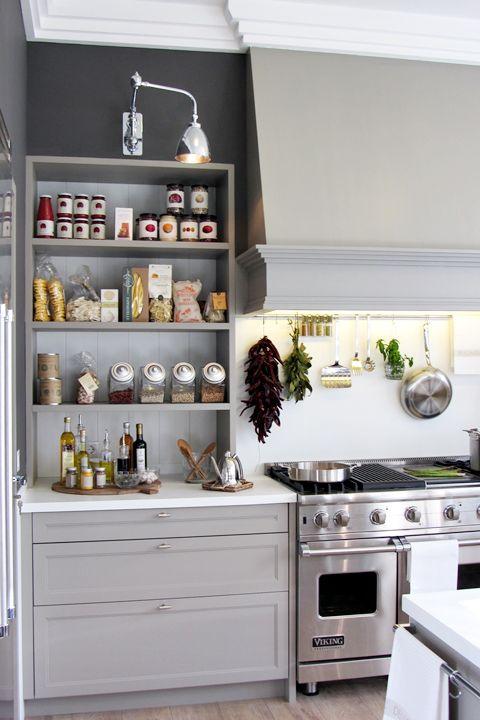Decoración de interiores; blanco y gris