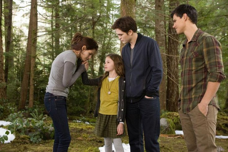 Family - Bella, Renesmee, Edward and Jacob, The Twilight Saga: Breaking Dawn - Part 2