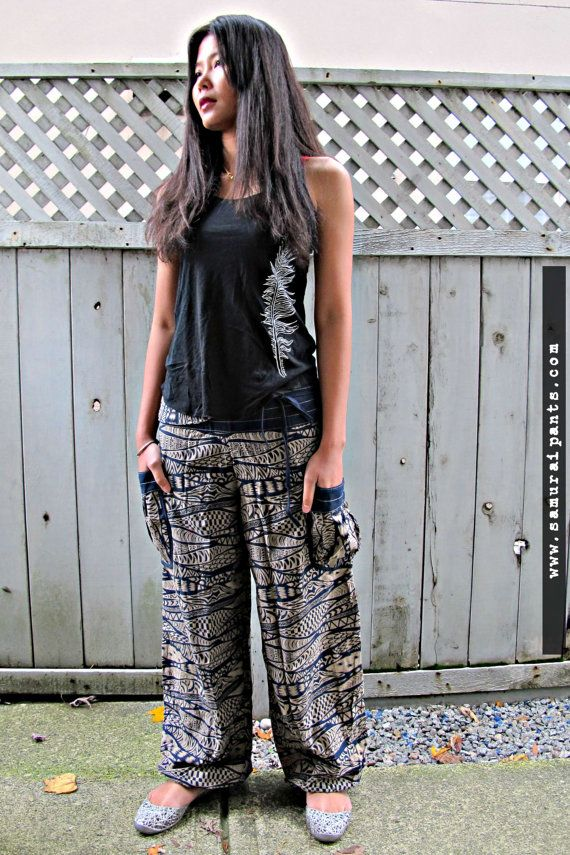 New Illusion Comfy Pants  Christmas leggings by Siamurai on Etsy