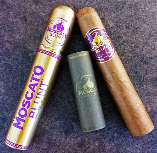 CigarDan's Cheap Ash Reviews: Moscato Cigars Blunt Robusto Tube Cigar