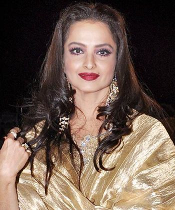 The eternal Indian beauty Rekha! Isn't she stylish here as ever?