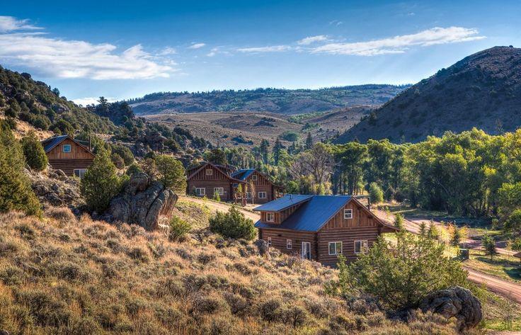 Découvrez un ranch de luxe au Brush Creek Ranch à Saratoga, dans le Wyoming.   12 superbes hôtels américains où vous voudrez vivre pour toujours