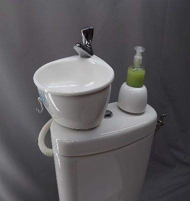 40 best am nagement house images on pinterest bathrooms home ideas and bathroom. Black Bedroom Furniture Sets. Home Design Ideas
