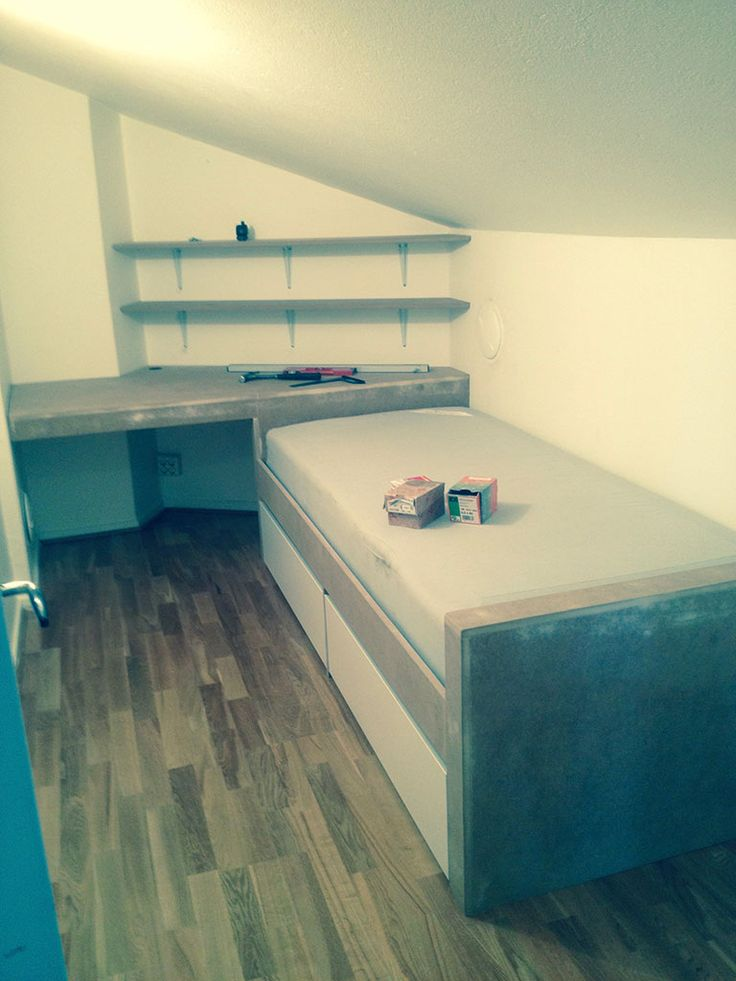 platsbyggd säng skrivbord mdf förvaring moderskeppet stockholm