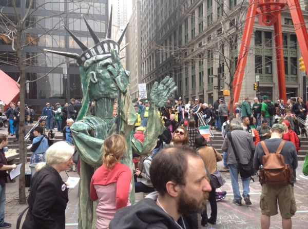 Statue of Liberty puppet #m17 #ows via  @allisonkilkenny