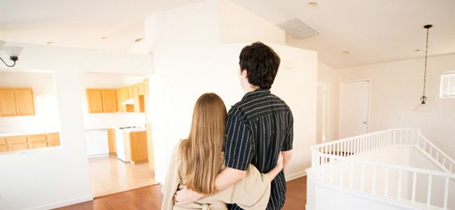 Nuevo post en nuestro blog:  En la vuelta a casa…¡Renuevo mi casa!  Amuebla tu piso con los precios más baratos:   http://ahorrototal.com/blog/renovar-casa/   #rebajas #muebles #ofertas