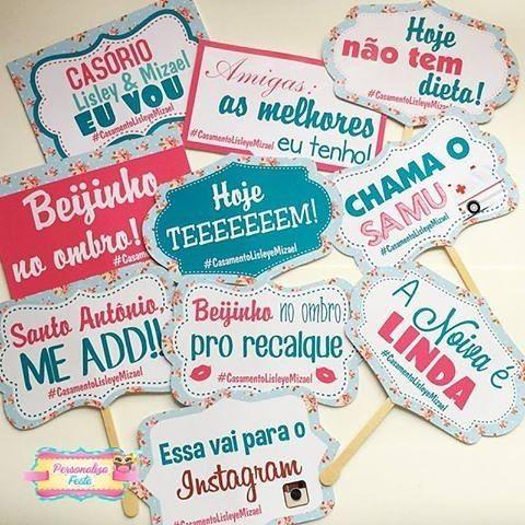 """""""Chama o Samu"""" que eu não tô me aguentando com essas plaquinhas personalizadas da @personalizafesta. Modelos lindos e com impressão e material de qualidade pra você tirar altas fotos no casamento e no chá de panela.  Orçamento  Whats: (47) 9669-1345 e-mail: contato@personalizafesta.com.br ou no instagram @personalizafesta Eles entregam em todo Brasil!"""